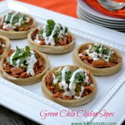 chile chicken sopes