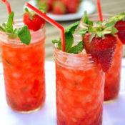 "Strawberry ""mini-jitos"""
